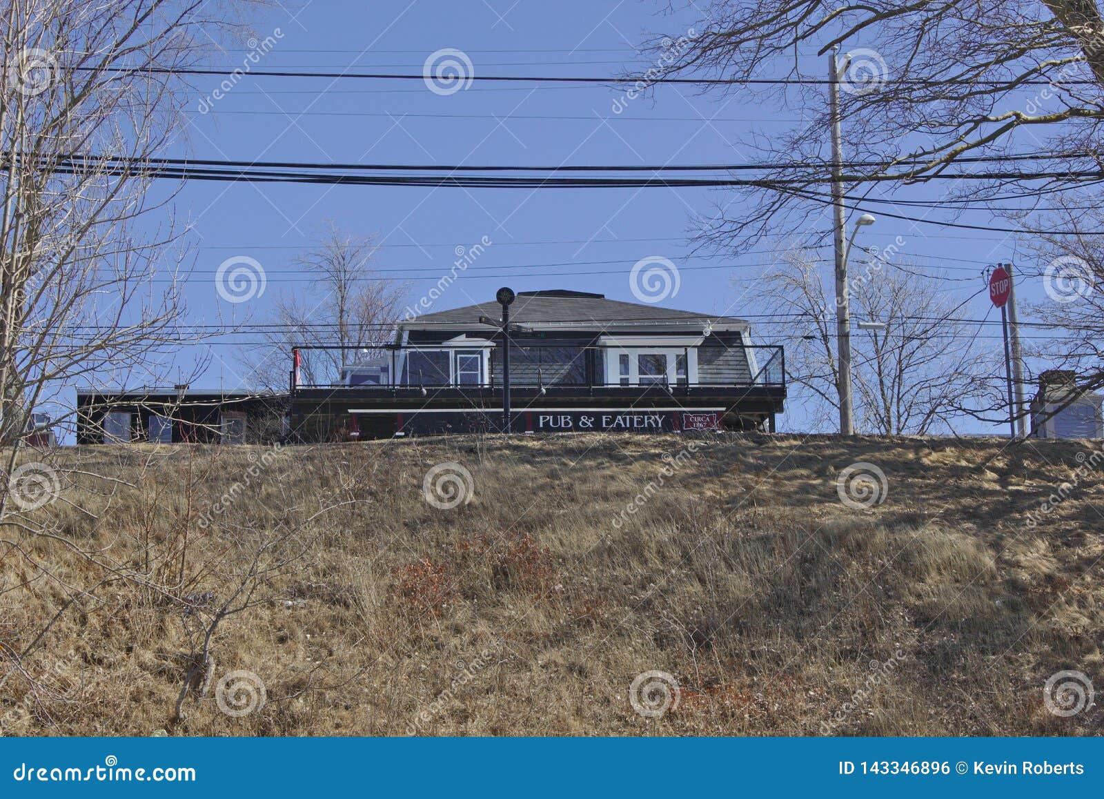 Kneipe auf Hügel 2616