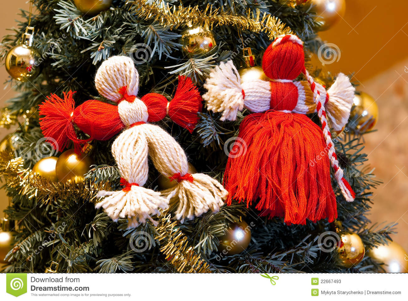 Knitting Patterns Christmas Figures : Knitted Figures, Men And Women To Decorate The Chr Stock Photos - Image: 2266...