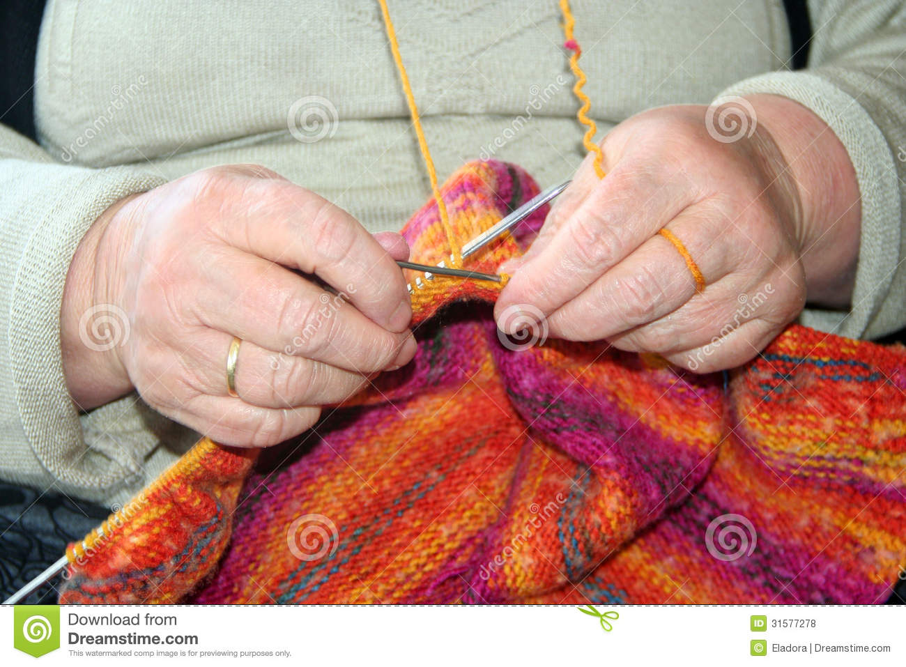 Knitting Hands Only : Knitting wool royalty free stock photos image