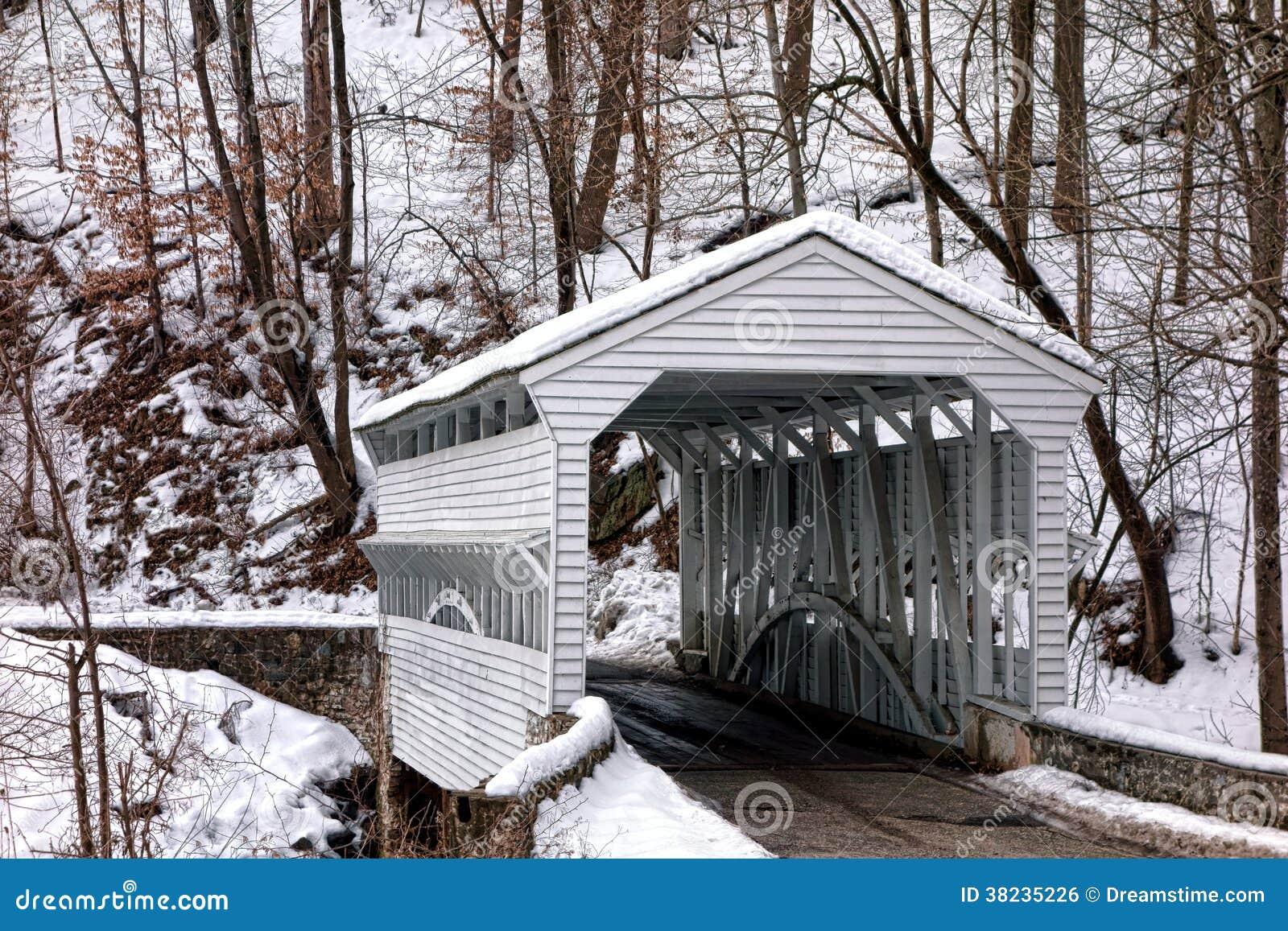 Knox Covered Bridge en el parque nacional de la fragua del valle