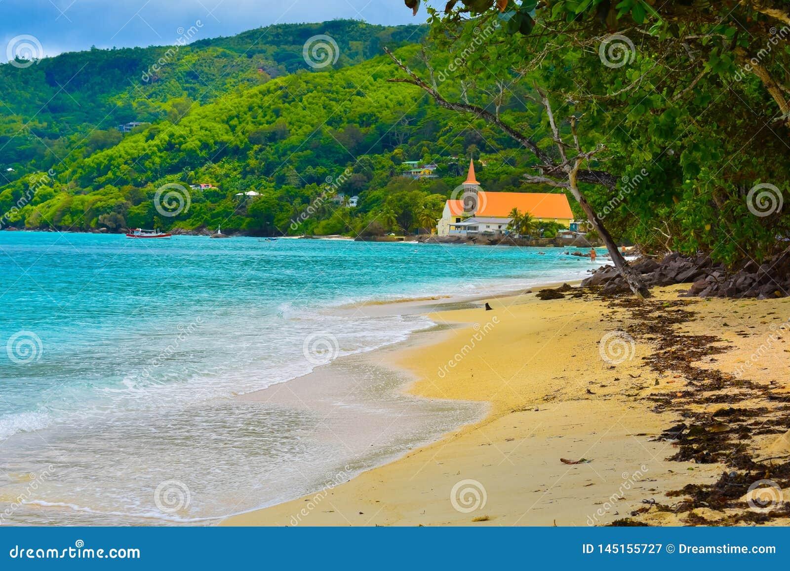 Kościół na plaży, Mahe wyspa, Seychelles