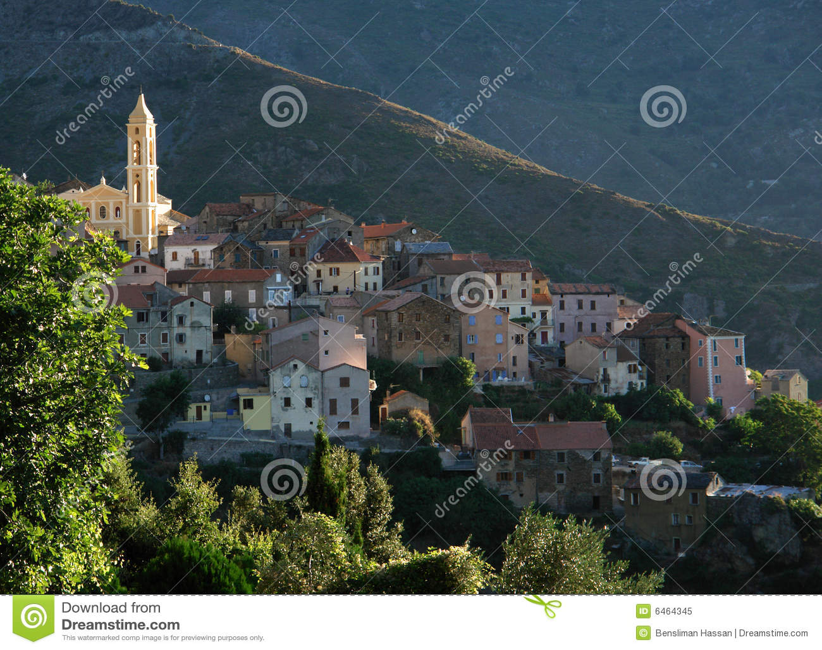 Kościół wyspy lento Korsyka