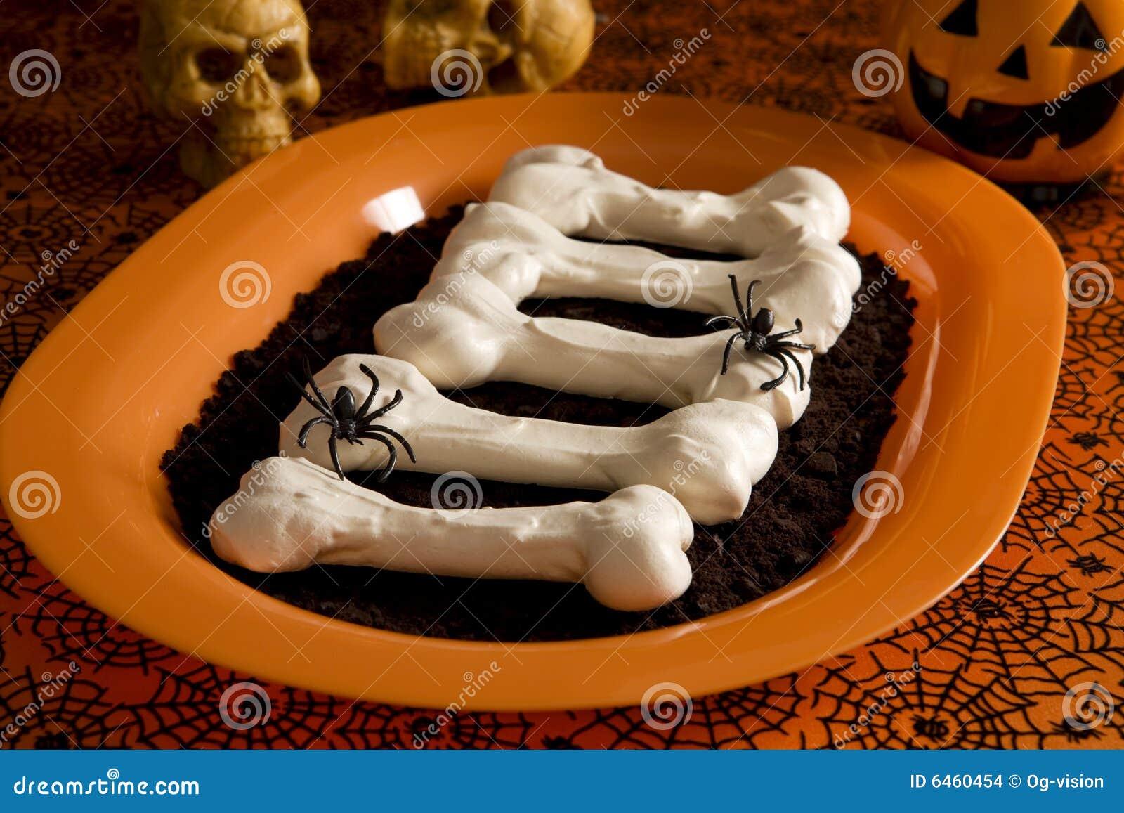 Kości beza Halloween.