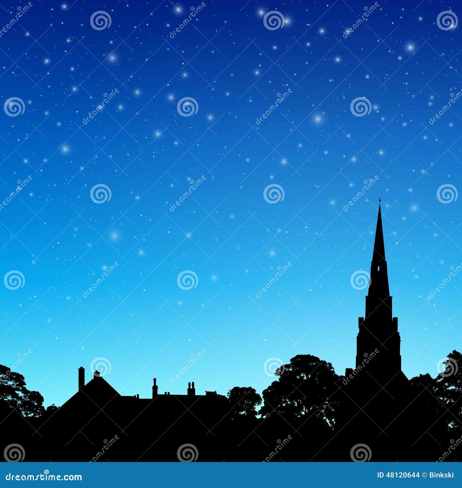 Kościelna iglica z nocnym niebem