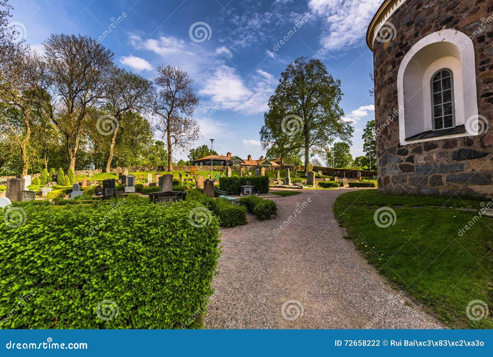 Kościelni ogródy w Gamla Uppsala, Szwecja
