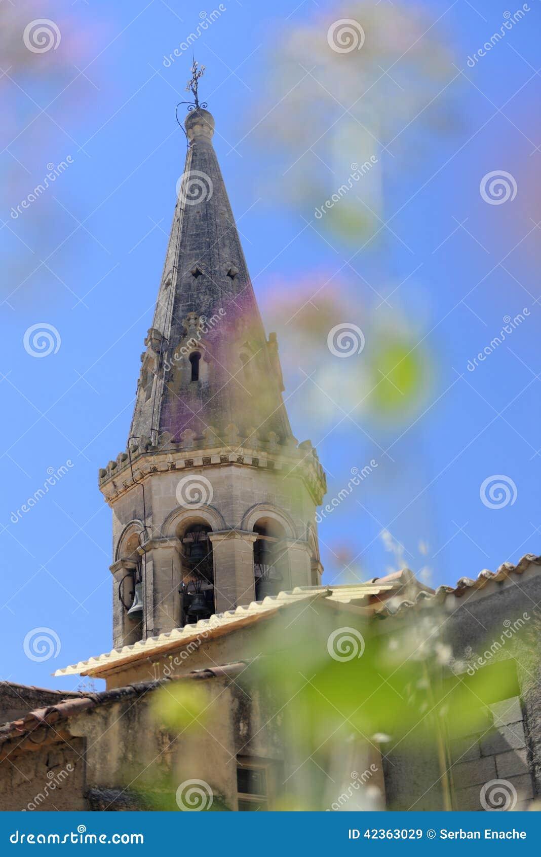 Kościelny steeple w Provence
