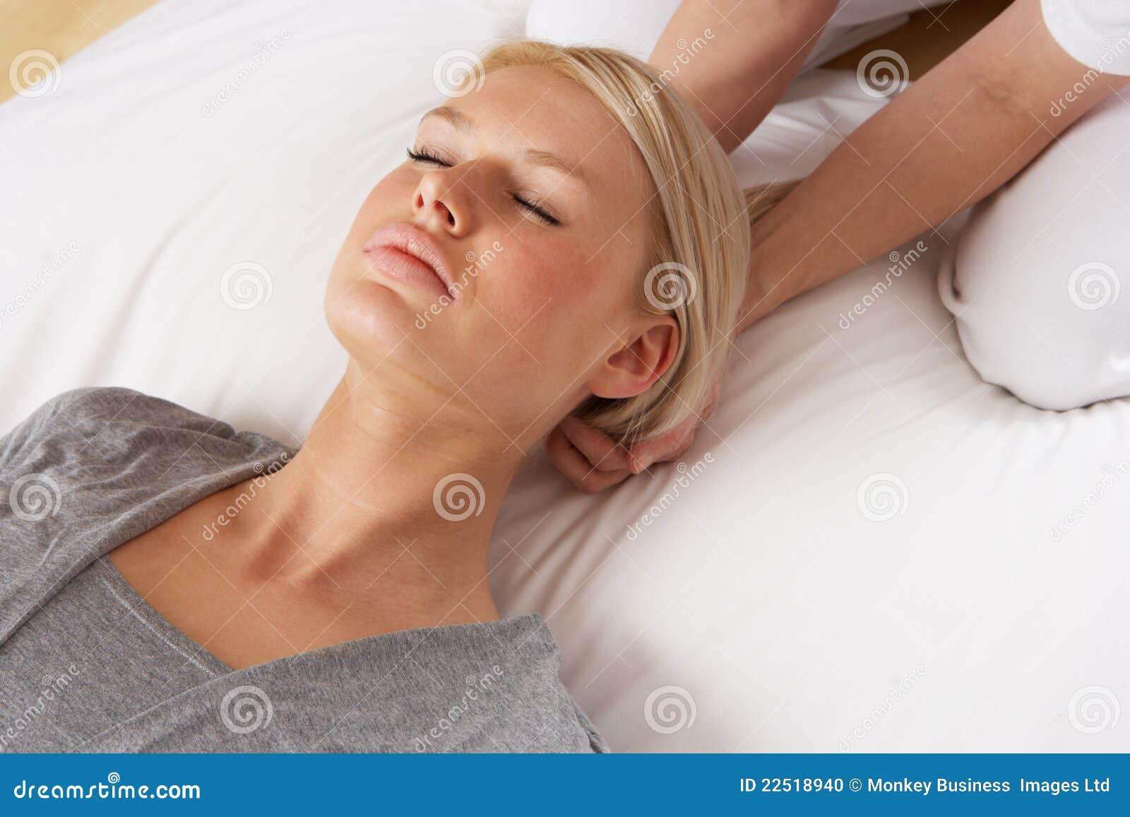 Kobieta ma target358_0_ Shiatsu masaż