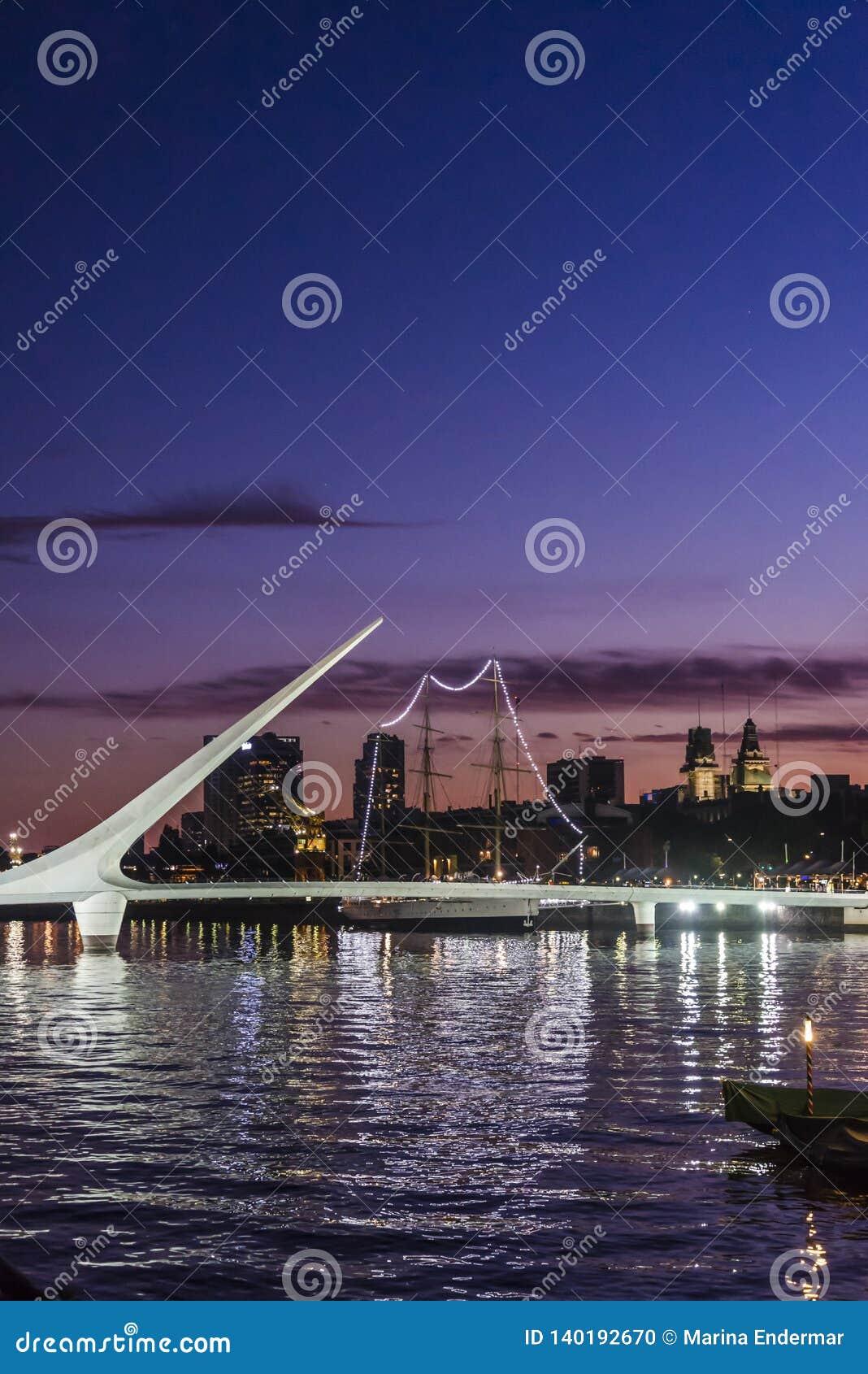 Kobieta most, Puerto Madero, Buenos Aires, Argentyna