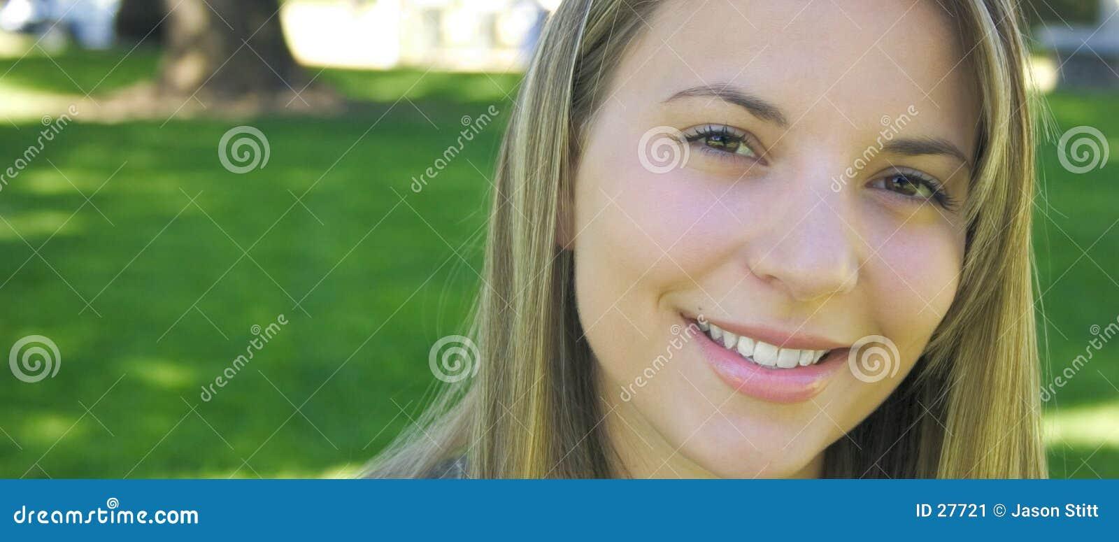 Kobieta uśmiechnięta