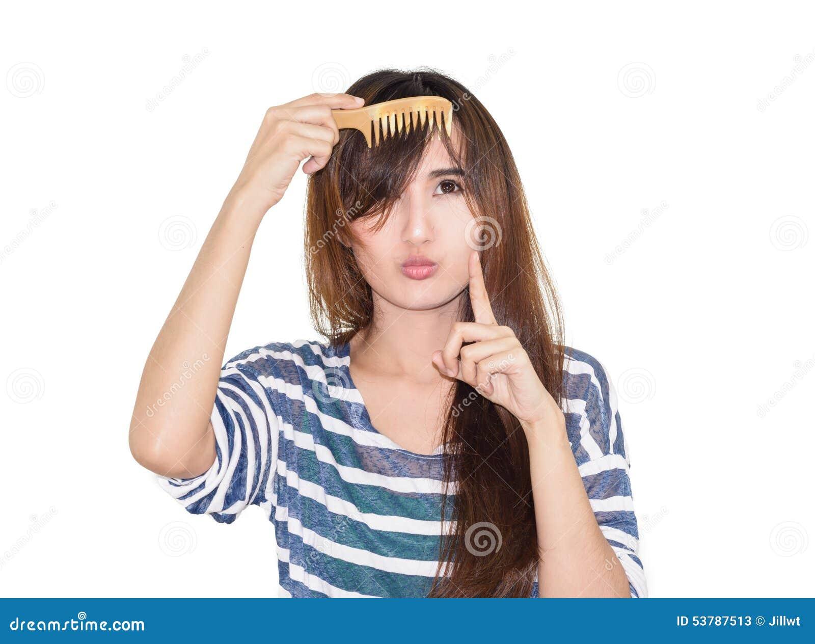 Kobieta z szczotkować