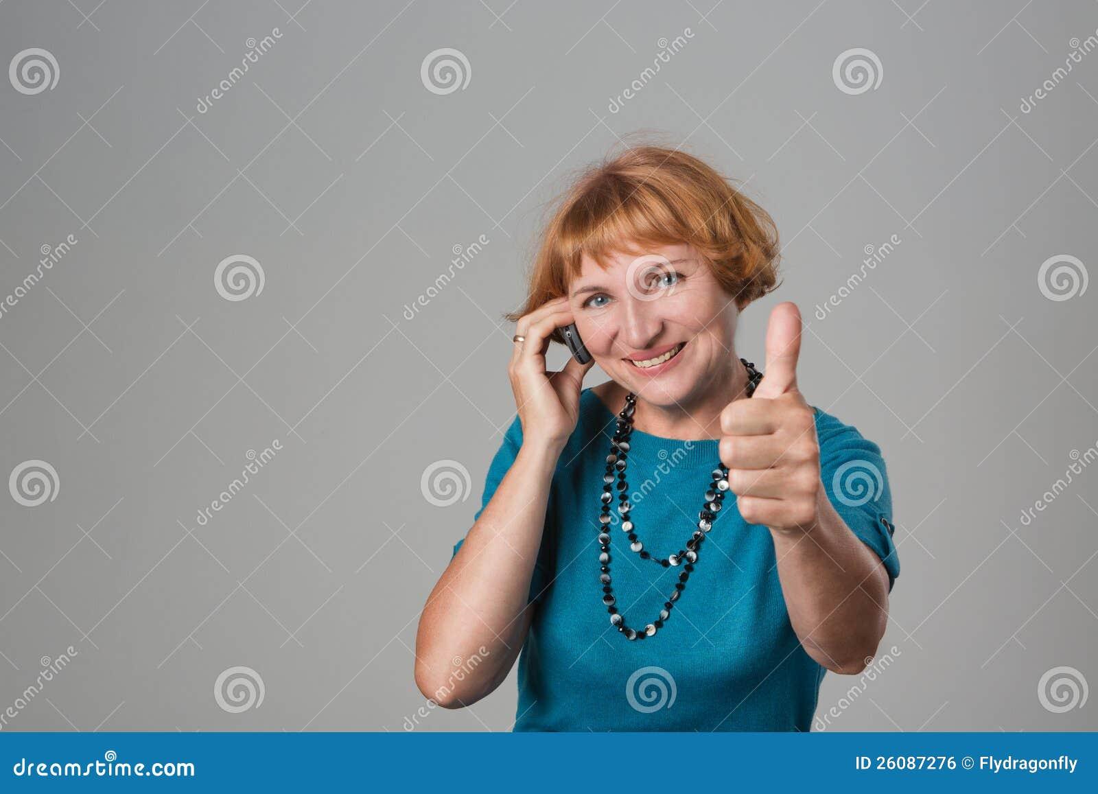 Kobieta z telefon komórkowy