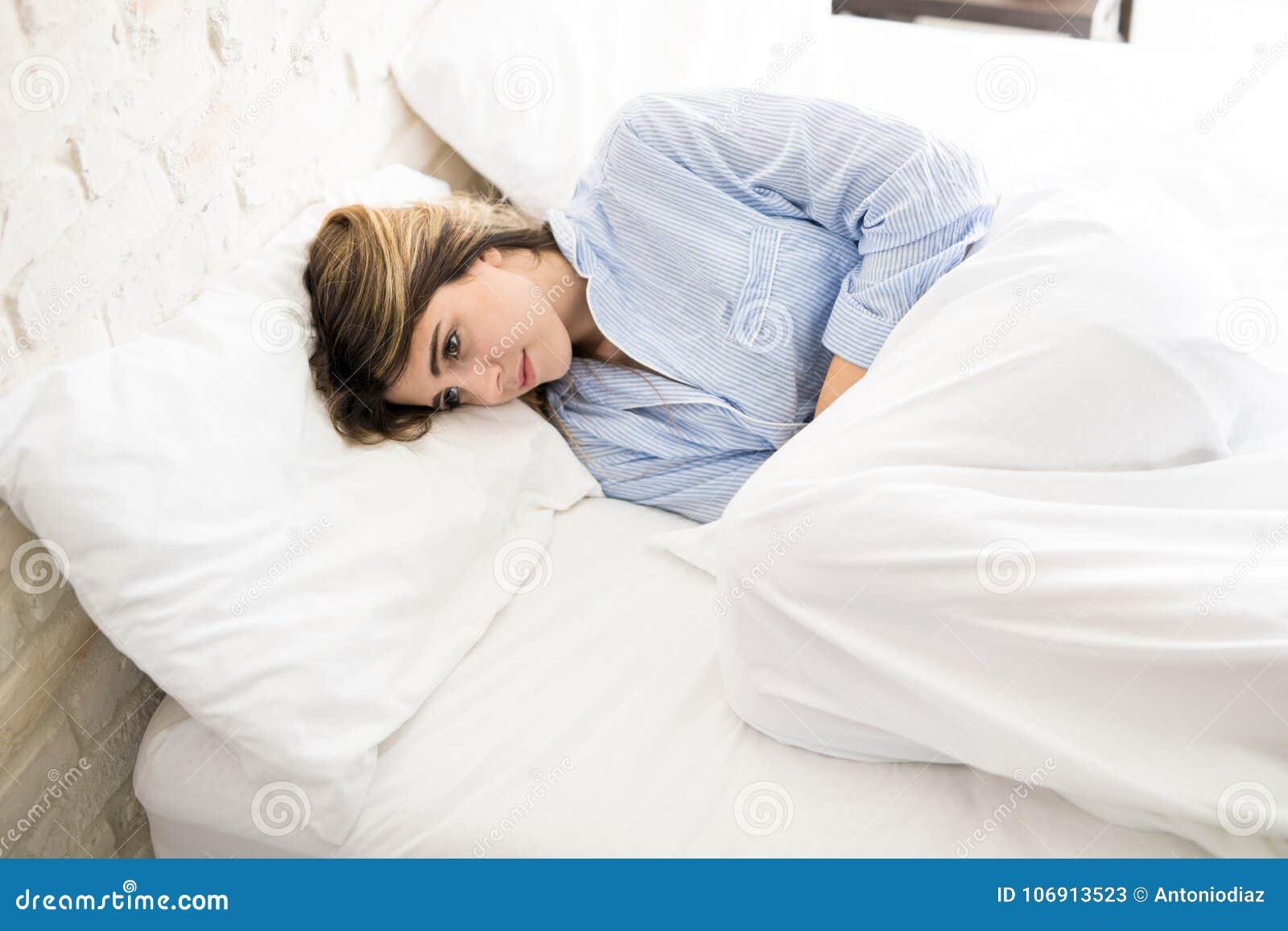 Kobiety czuć cierpiący w domu