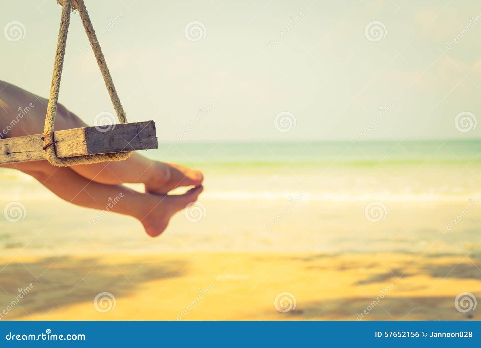 Kobiety noga na huśtawce