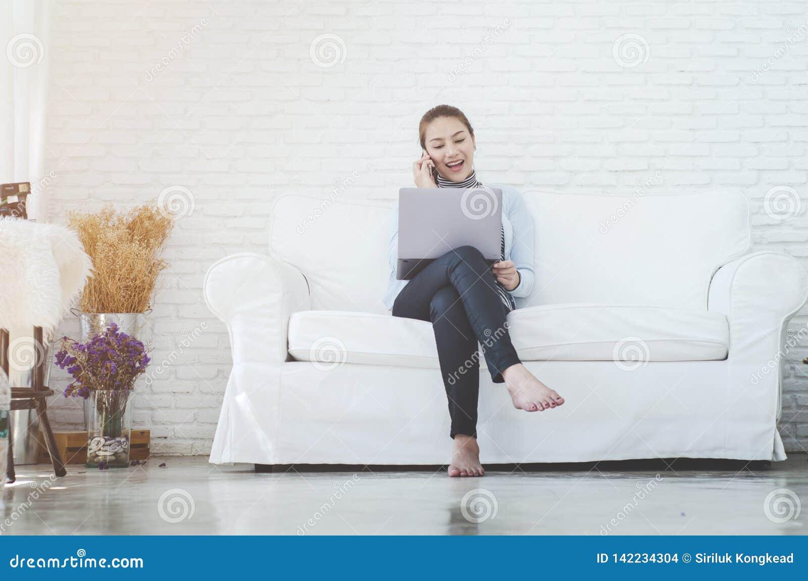 Kobiety są pracujące i szczęśliwe