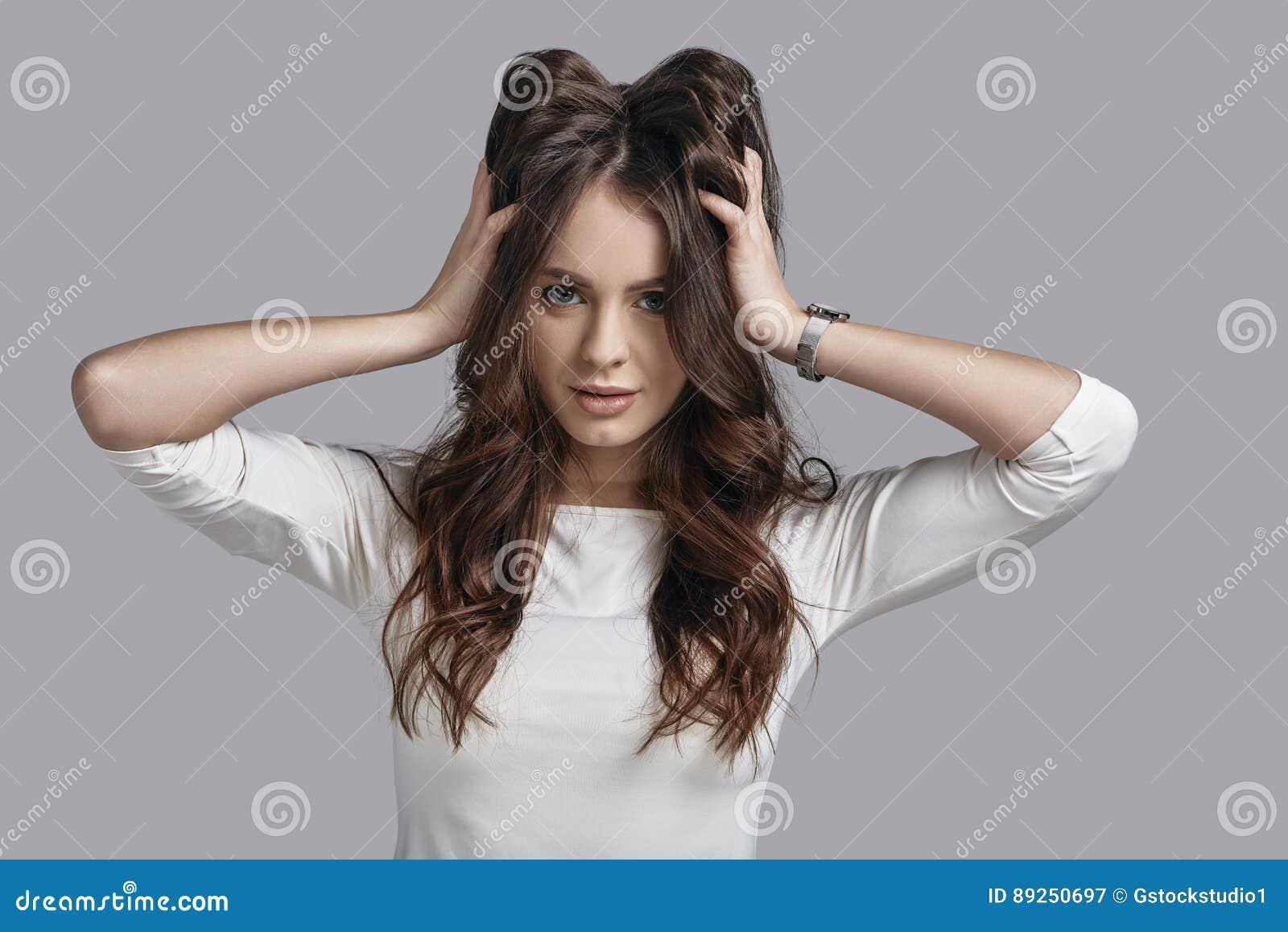 Kochać jej włosy