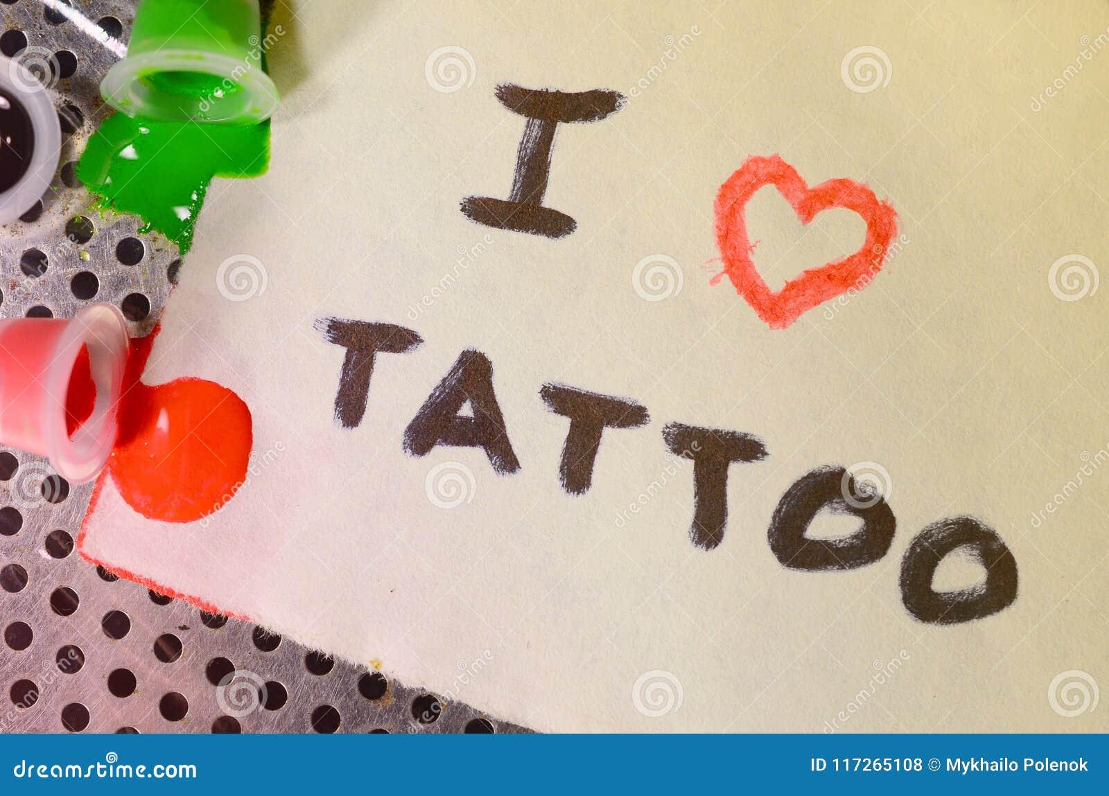 Kocham Tatuaż Tekst Napisze Na Małym Prześcieradle Papier