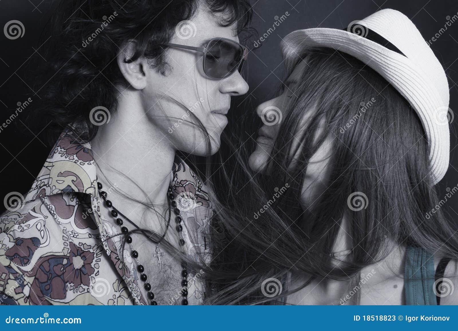 Kochanków mężczyzna portreta kobiety młode