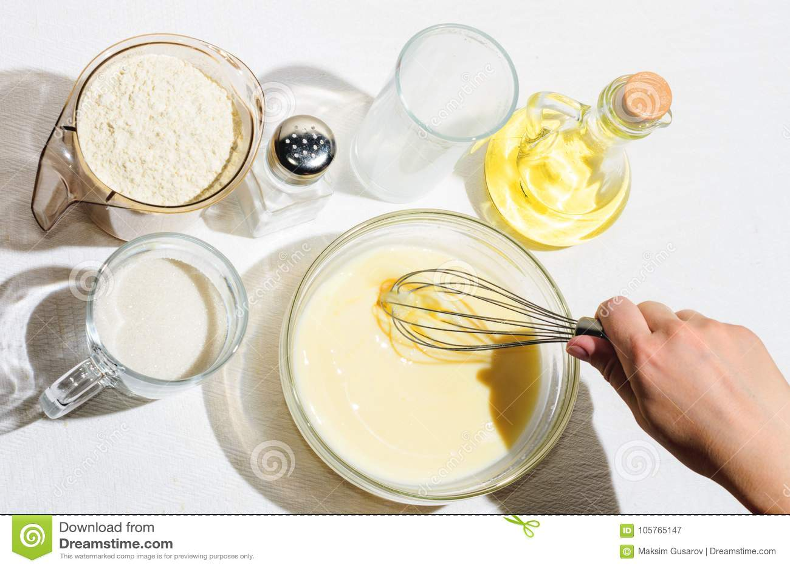Kochen von Pfannkuchen, Blini