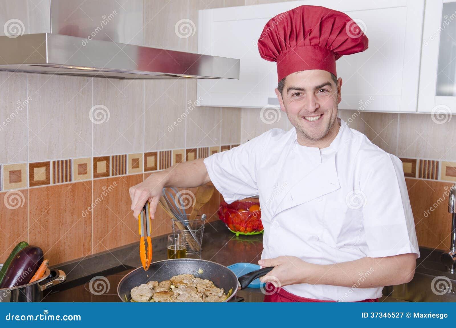 Kocken i köket.