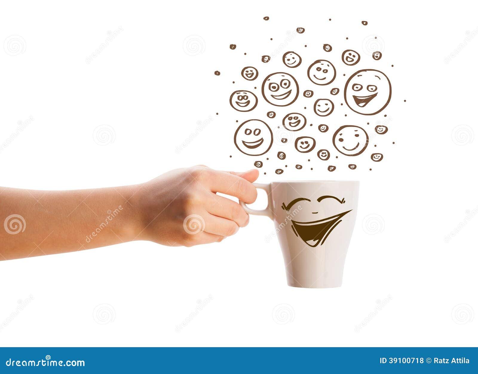 Koffie-kop met bruine getrokken hand happyfaces