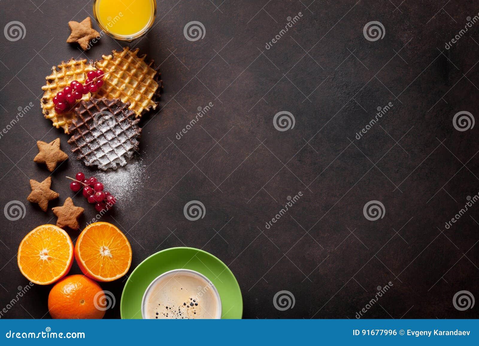 Koffie, sap en wafels