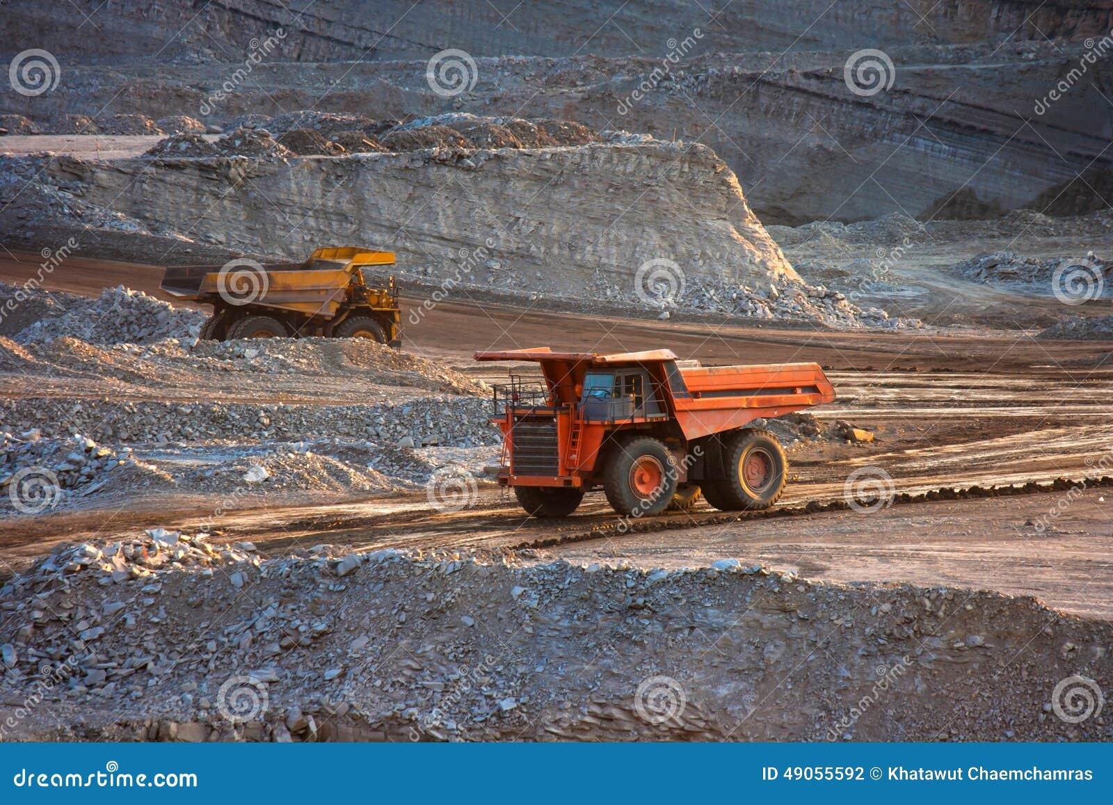 Kohle-Vorbereitungsanlage Großer Bergbau-LKW an Arbeitsstandort-Kohlentransport