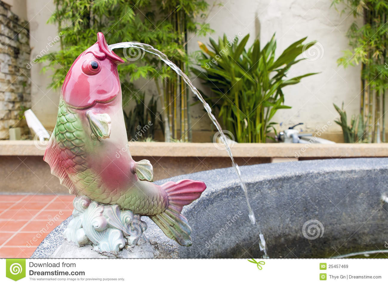 Koi fish statue water fountain stock image image 25457469 for Fish garden statue