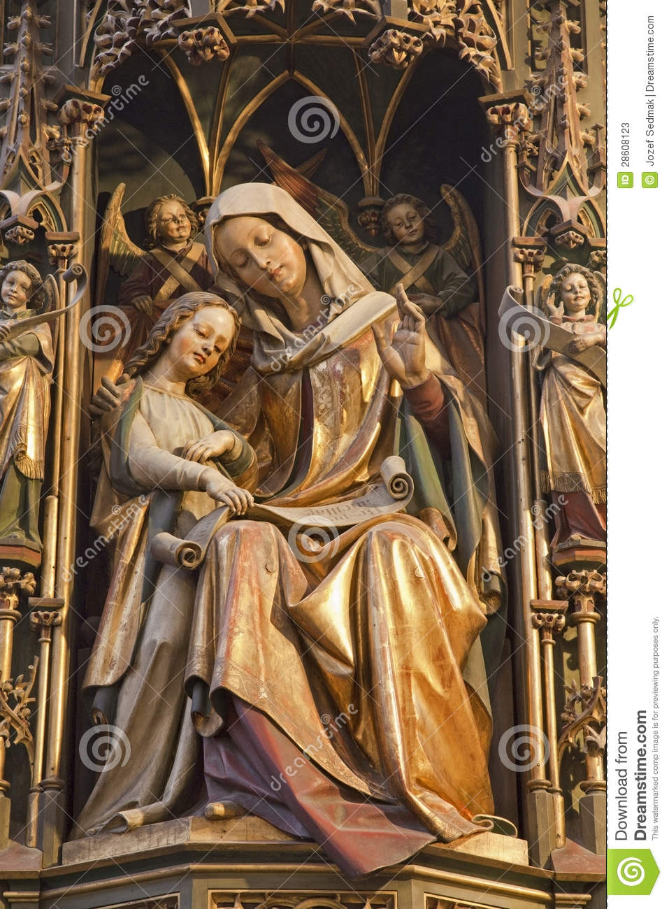 - koice-statue-holy-ann-mary-saint-elizabeth-gothic-cathedral-28608123