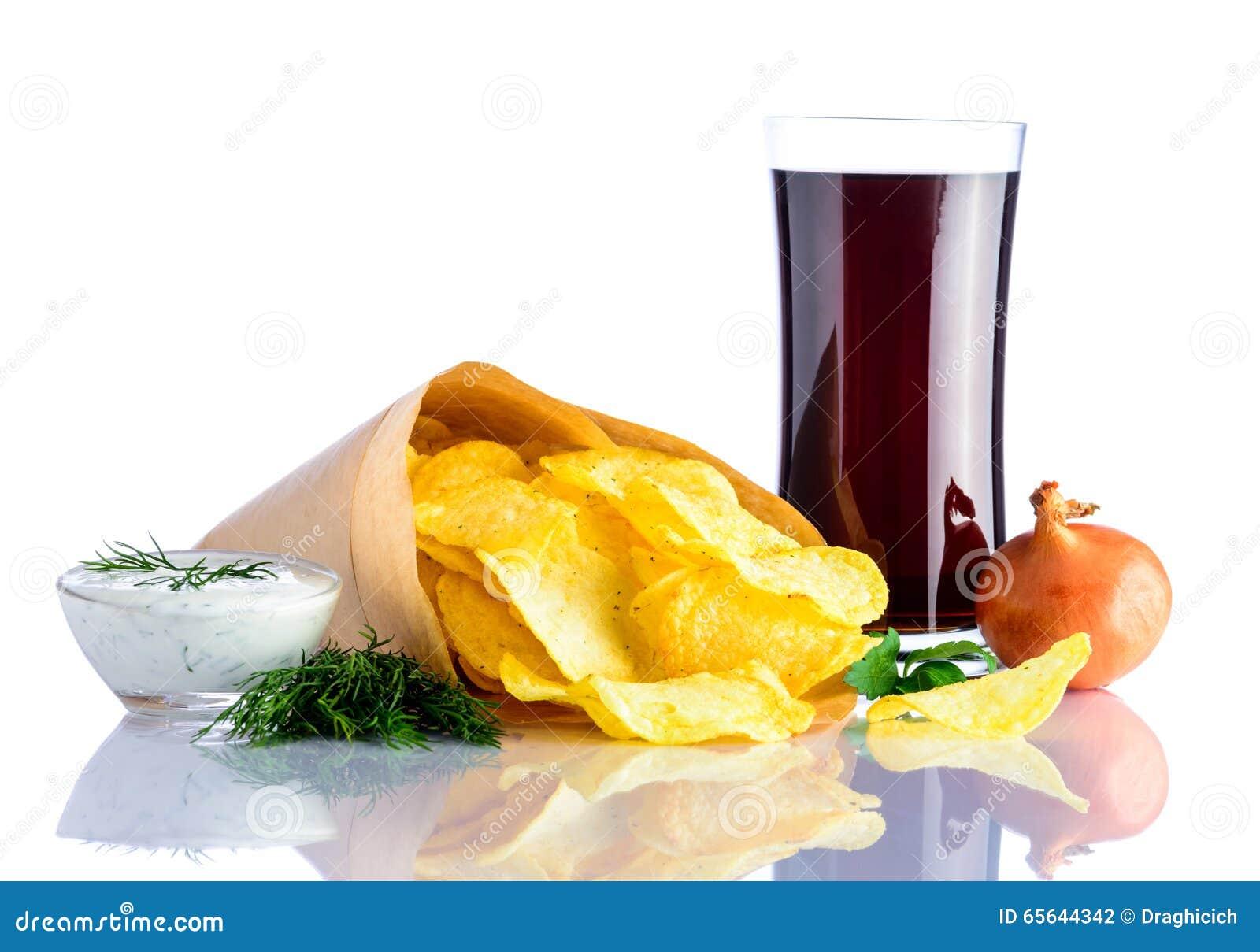 Kola et pommes chips en verre