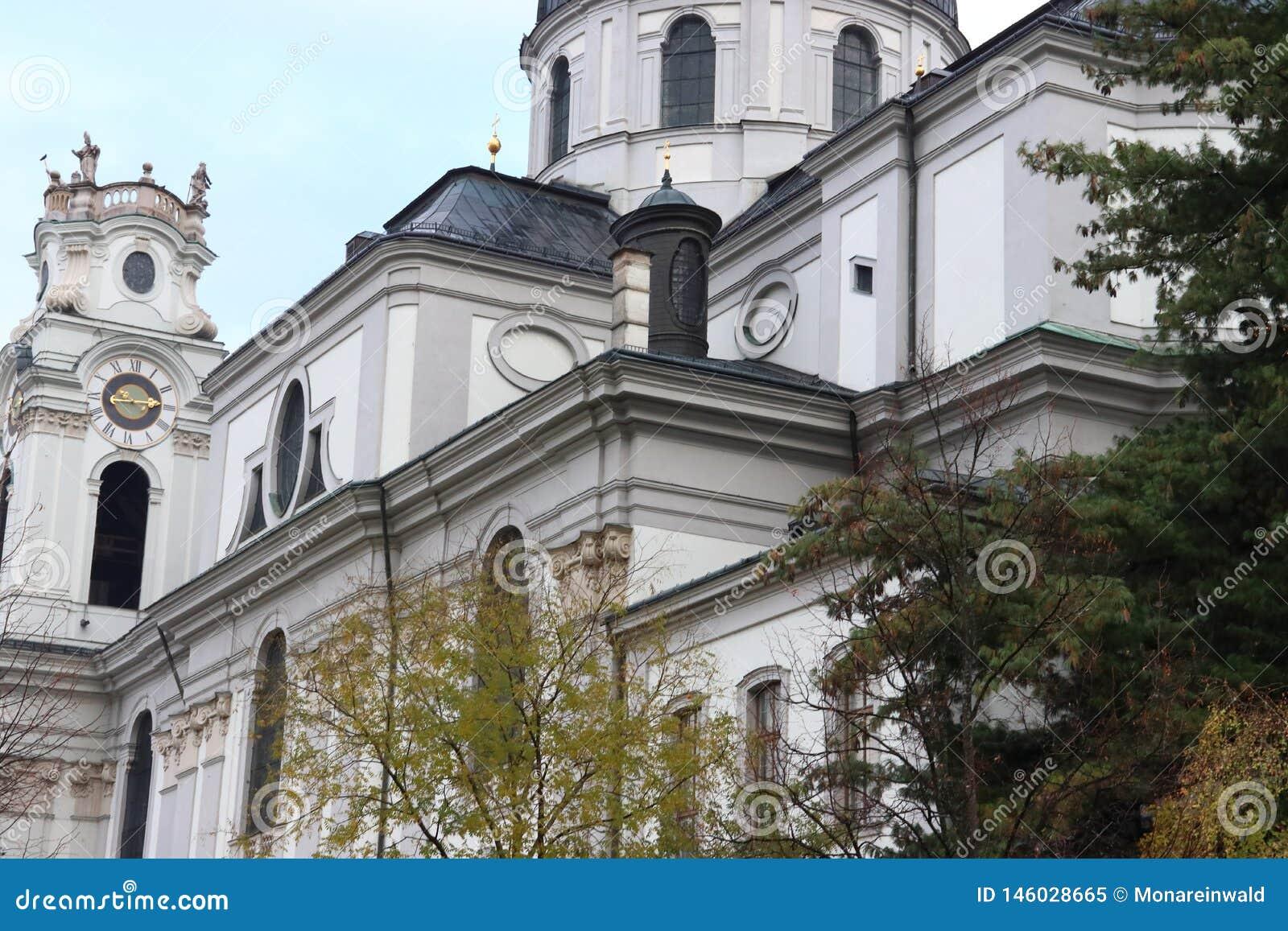 Kollegien教会在萨尔茨堡在奥地利