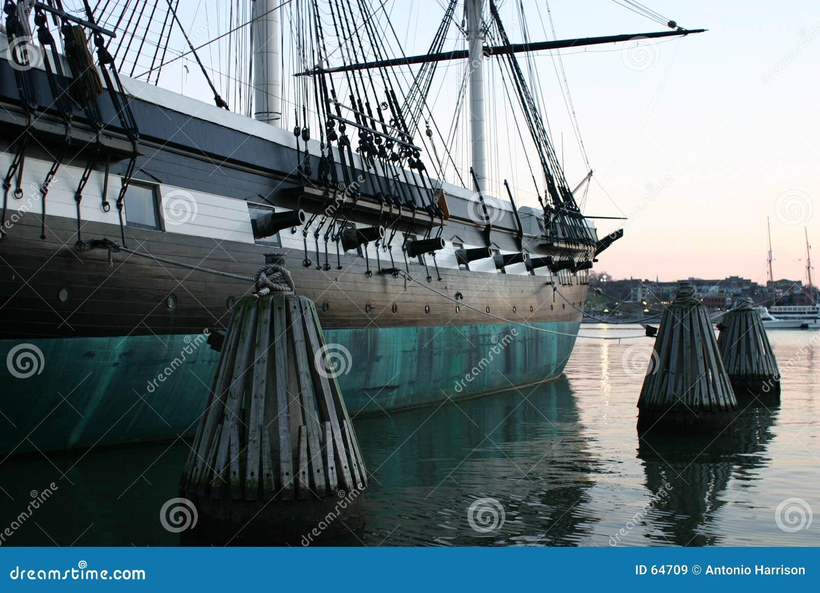 Kolonial ship 2