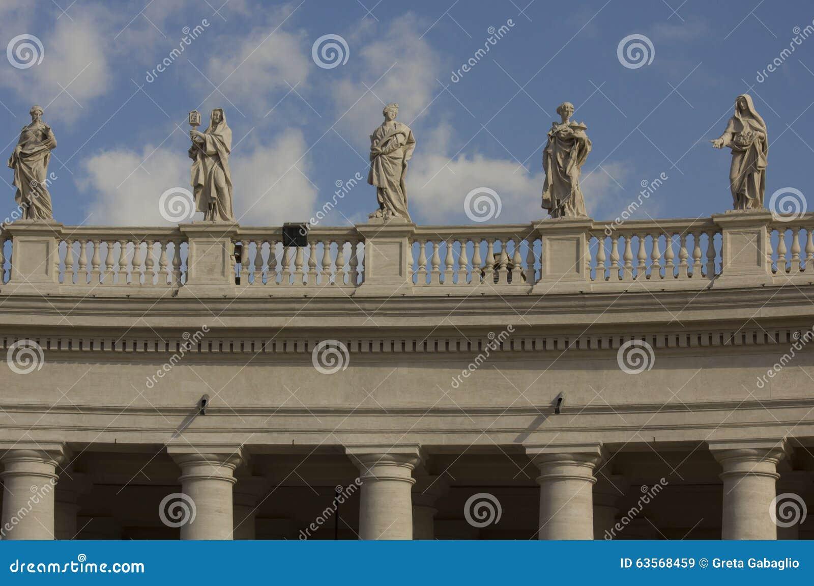 Kolonnad i helgonet Peters Square