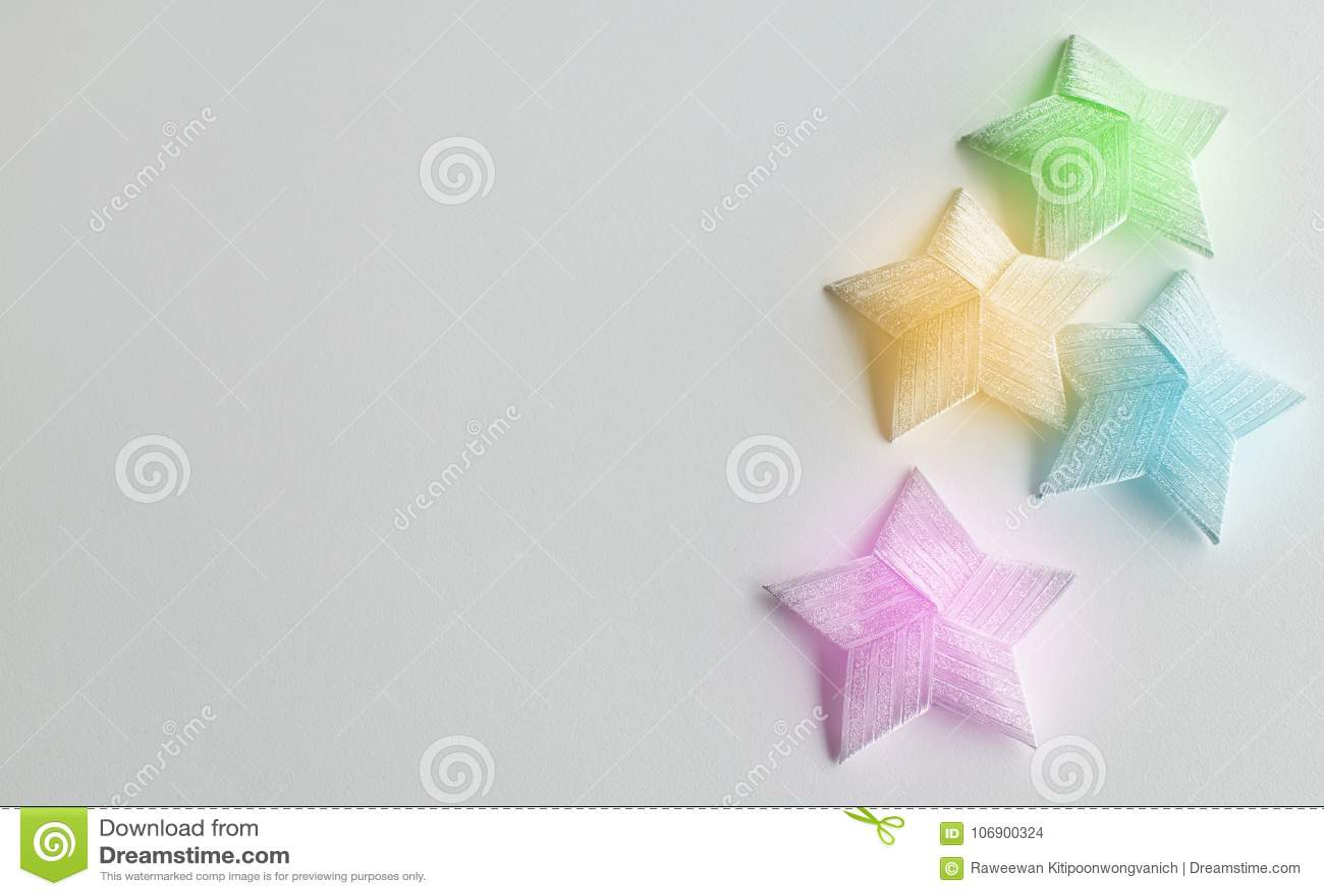 Kolorów bożych narodzeń gwiazda na białym tle