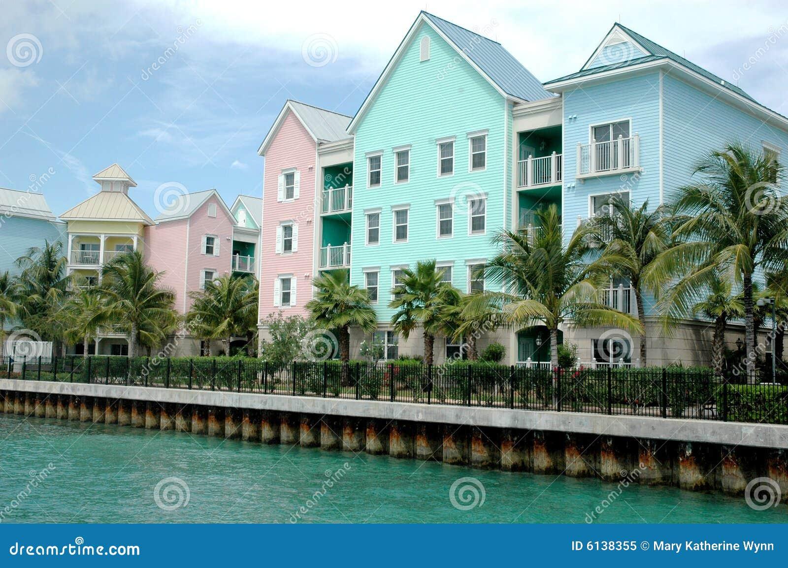Kolorowe domu rząd