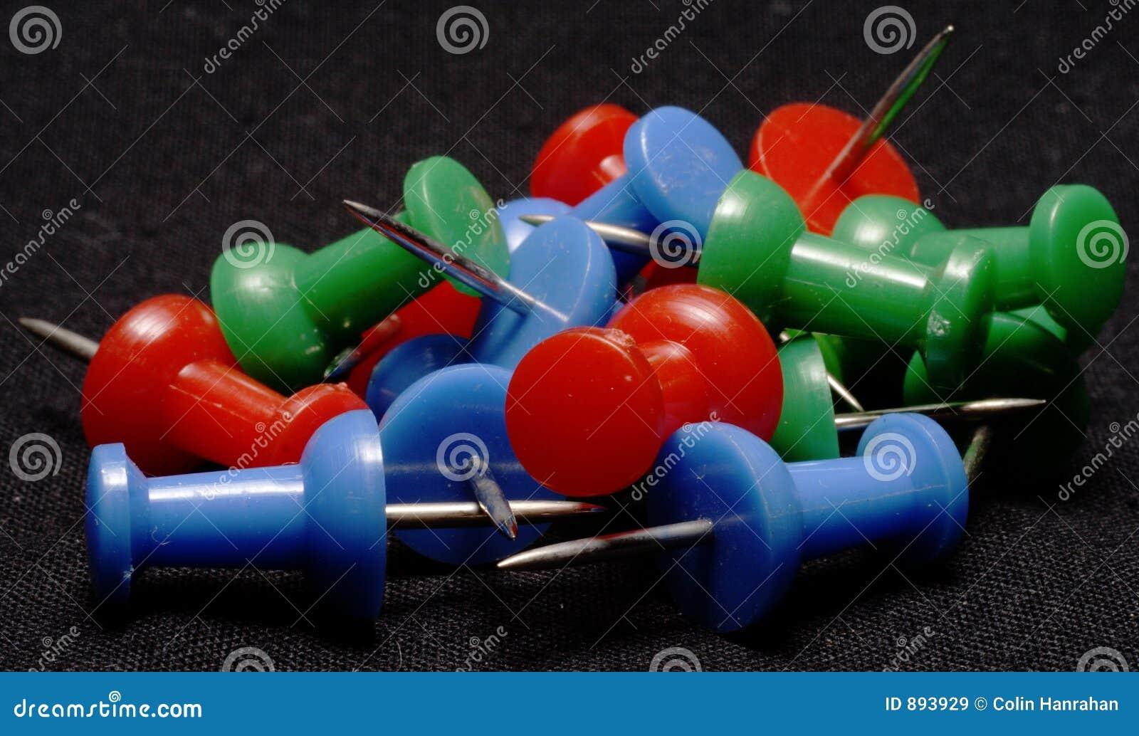 Kolorowe pushpins