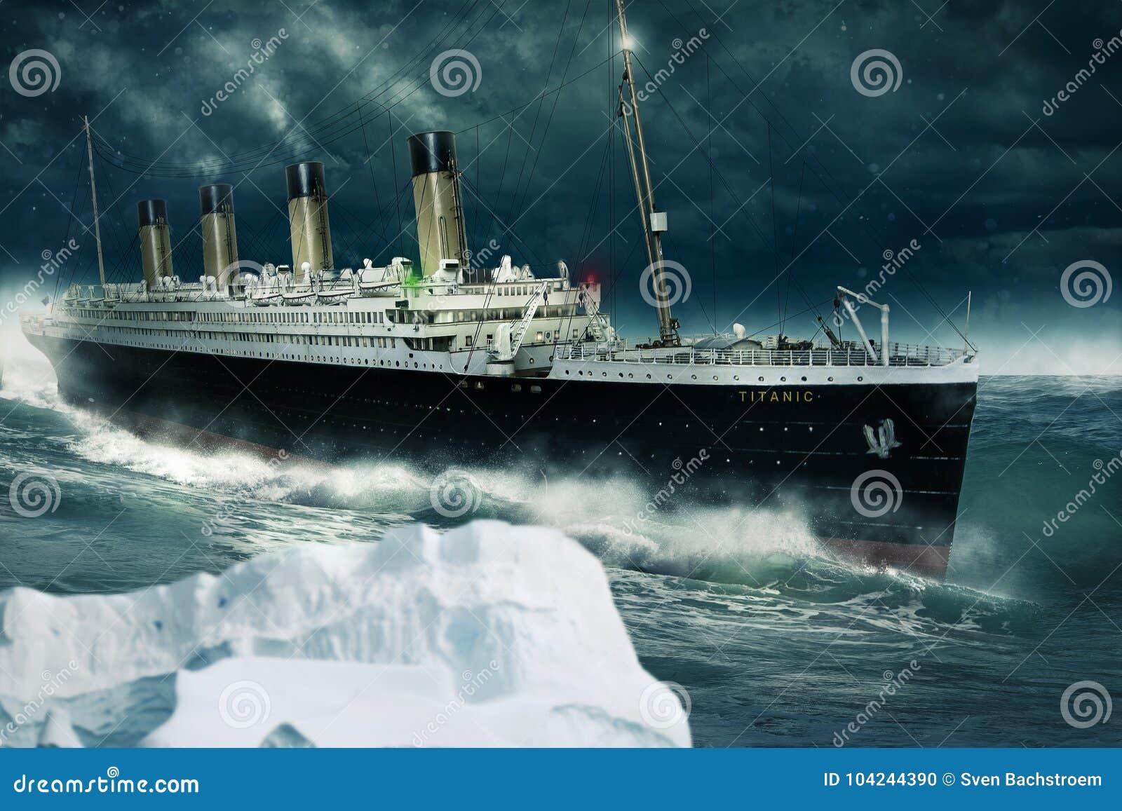 Kolossaal op de Atlantische Oceaan