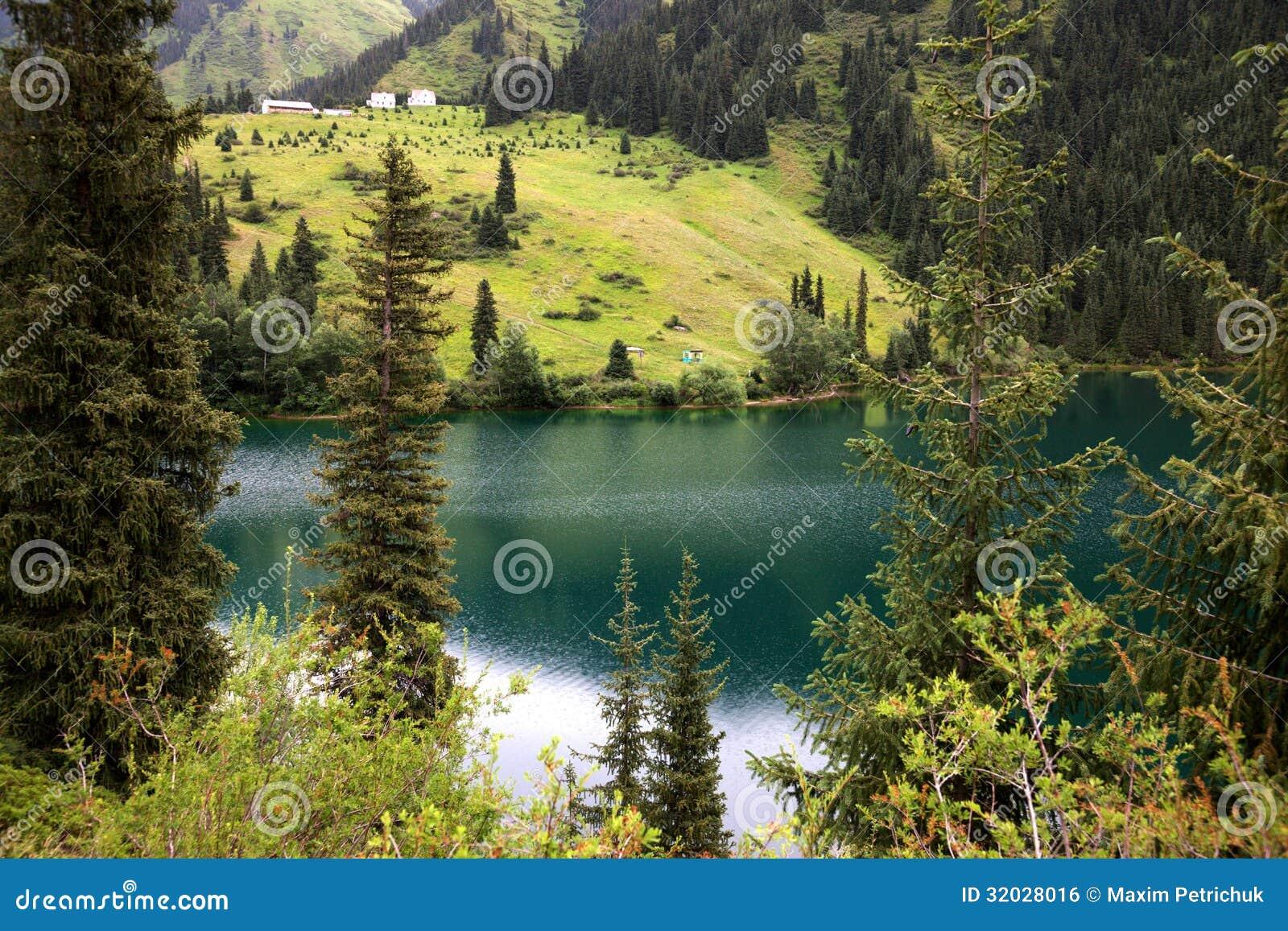 Kolsay See in Kasachstan