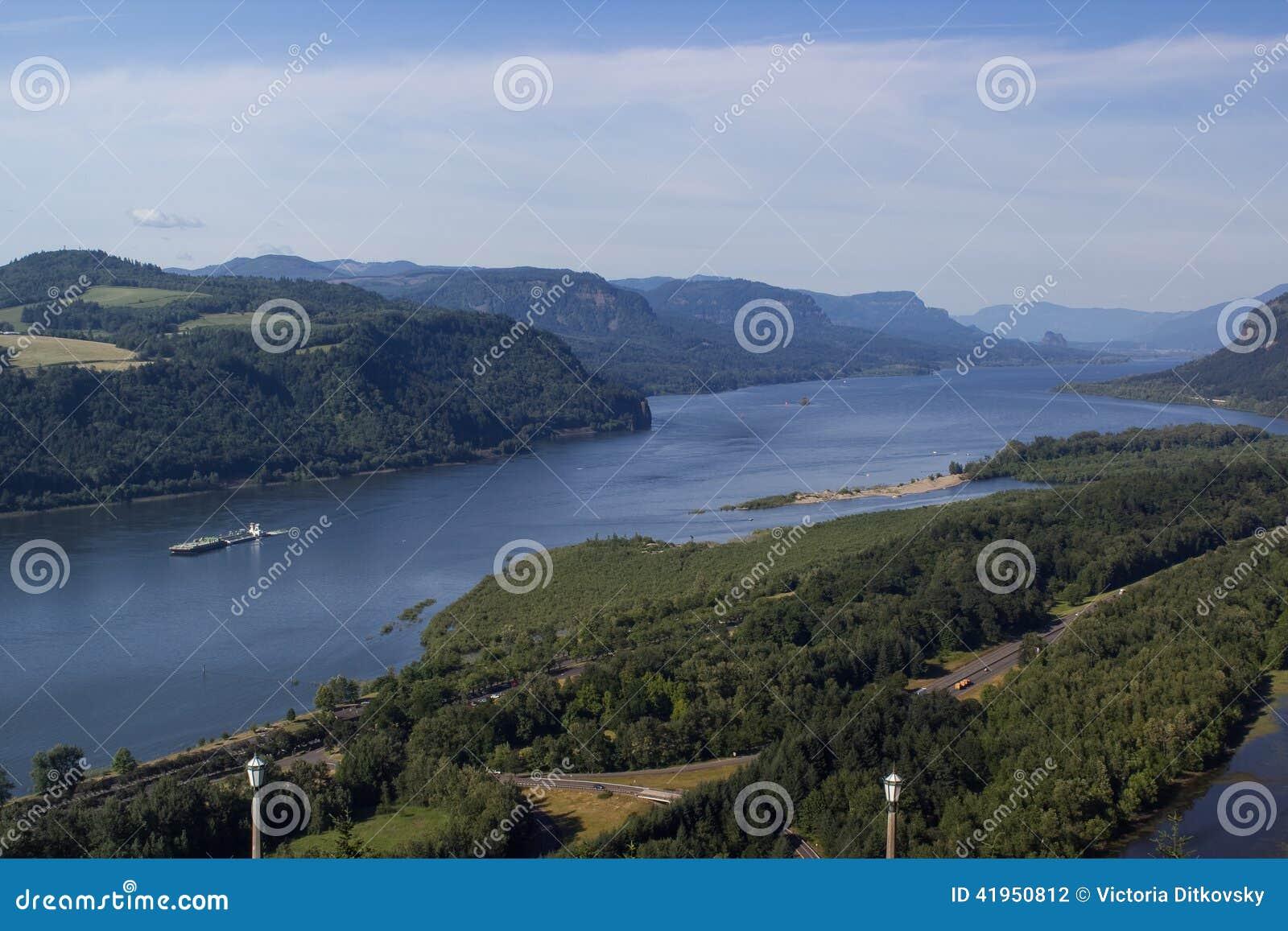 Kolumbia rzeka i naczynie