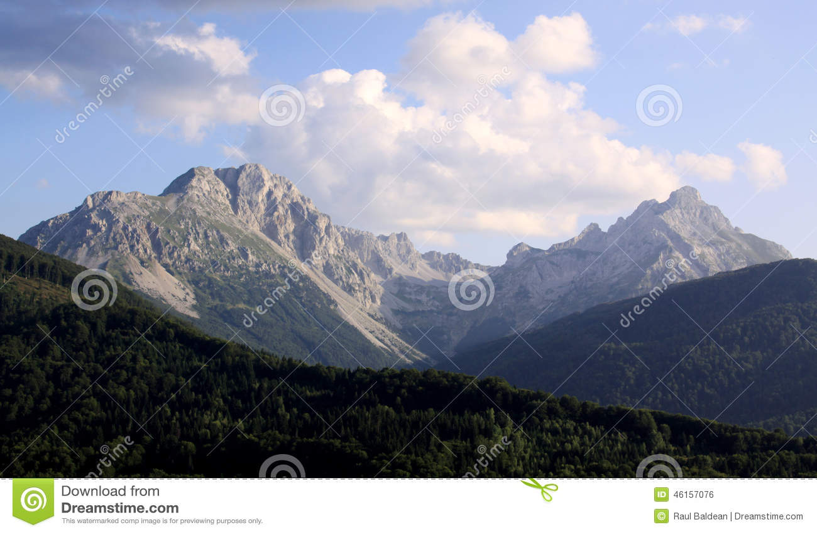 Kom Kucki mountain peak landscape