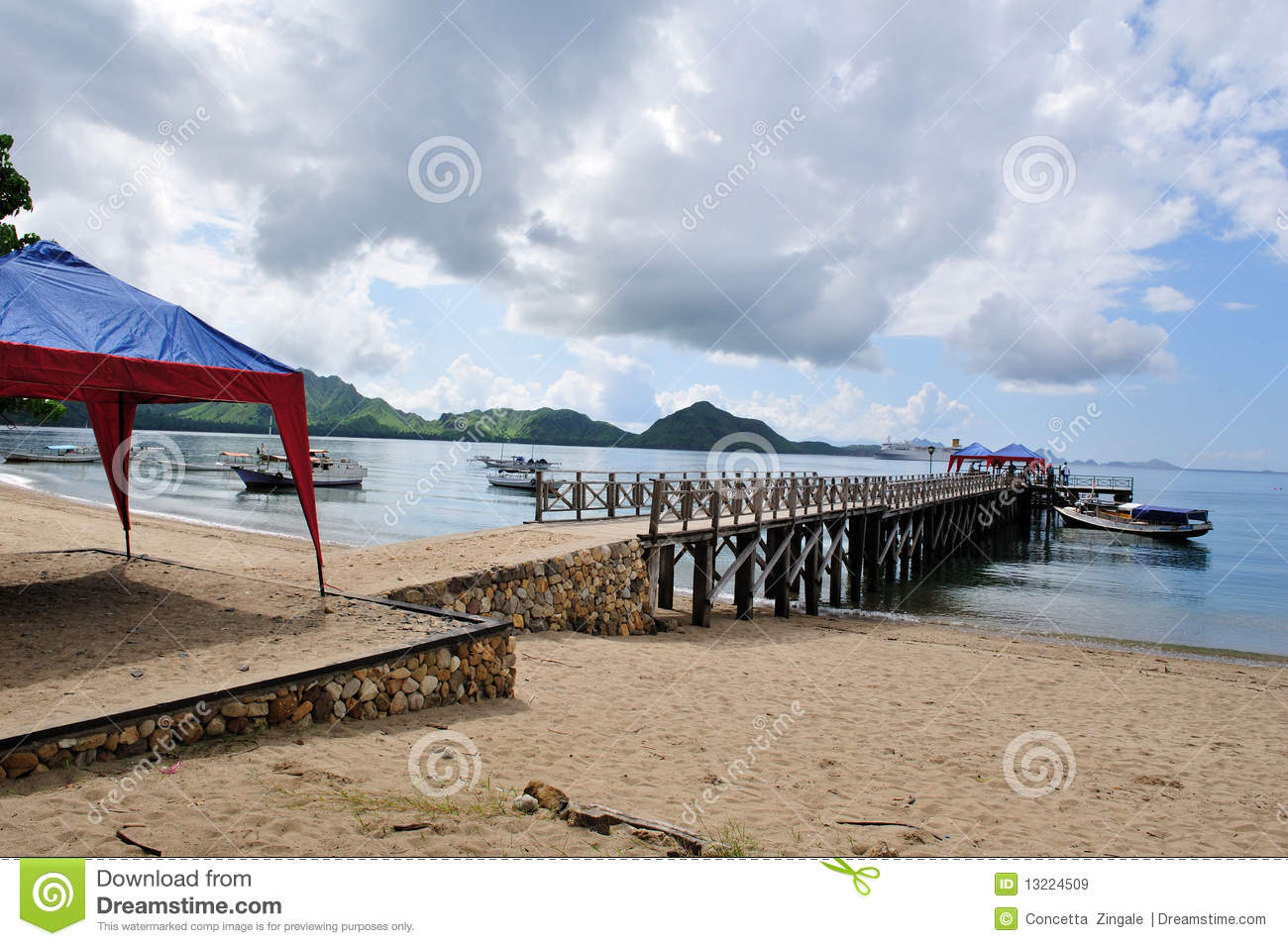 Komodo Island 3 Royalty Free Stock Images Image 13224509