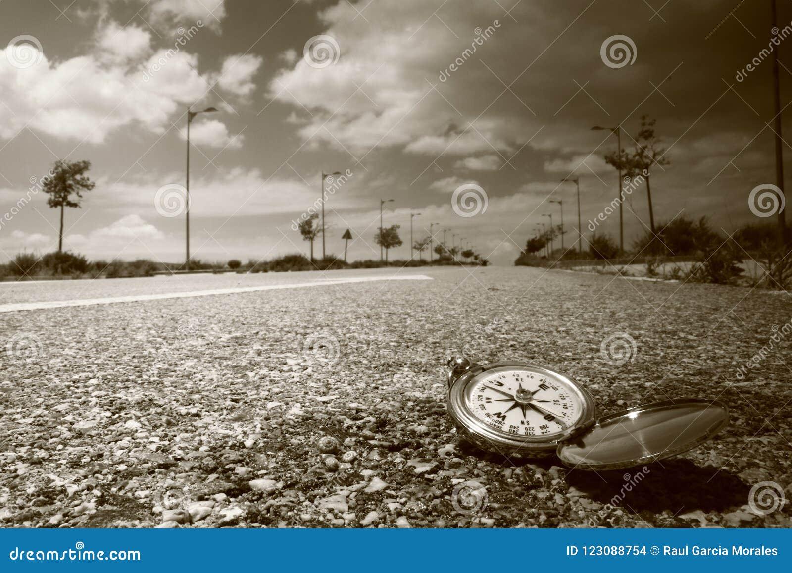 Kompass auf der Straße