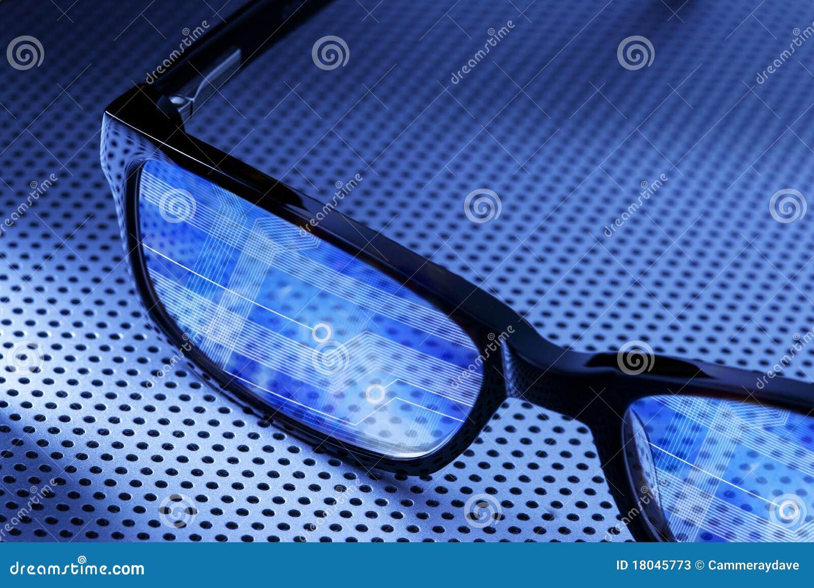 Komputerowi cyfrowi szkła
