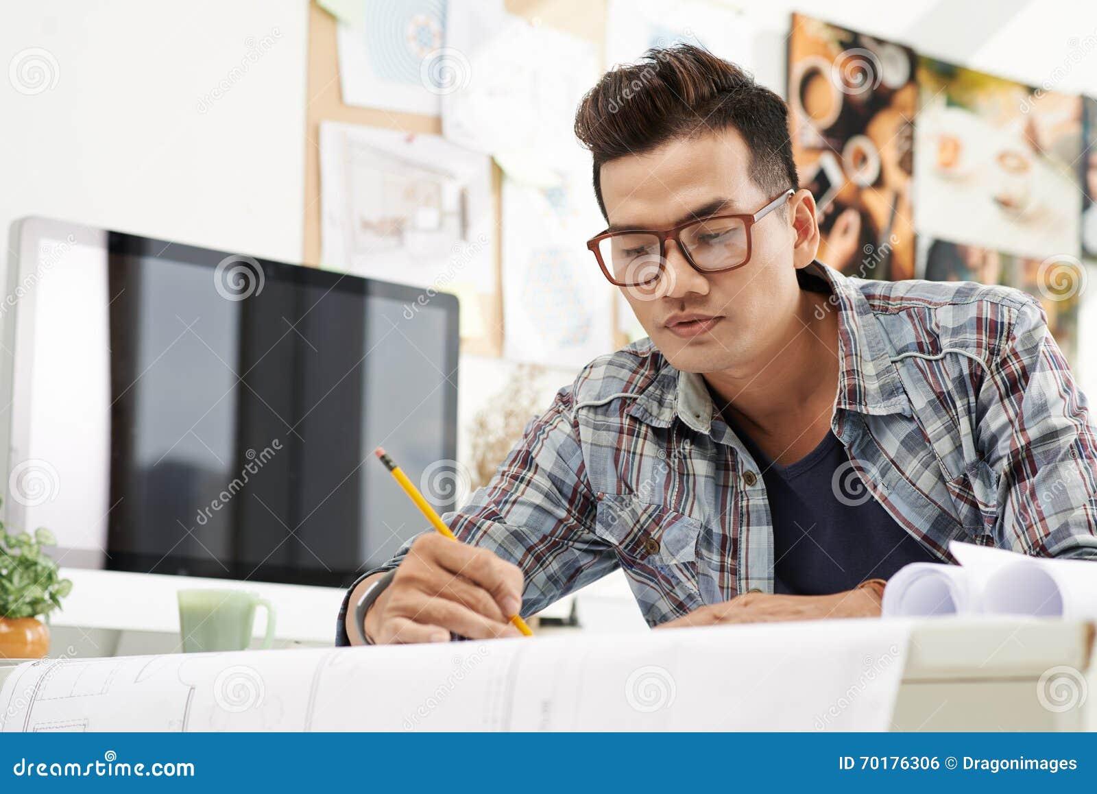 Koncentrerat på arbete