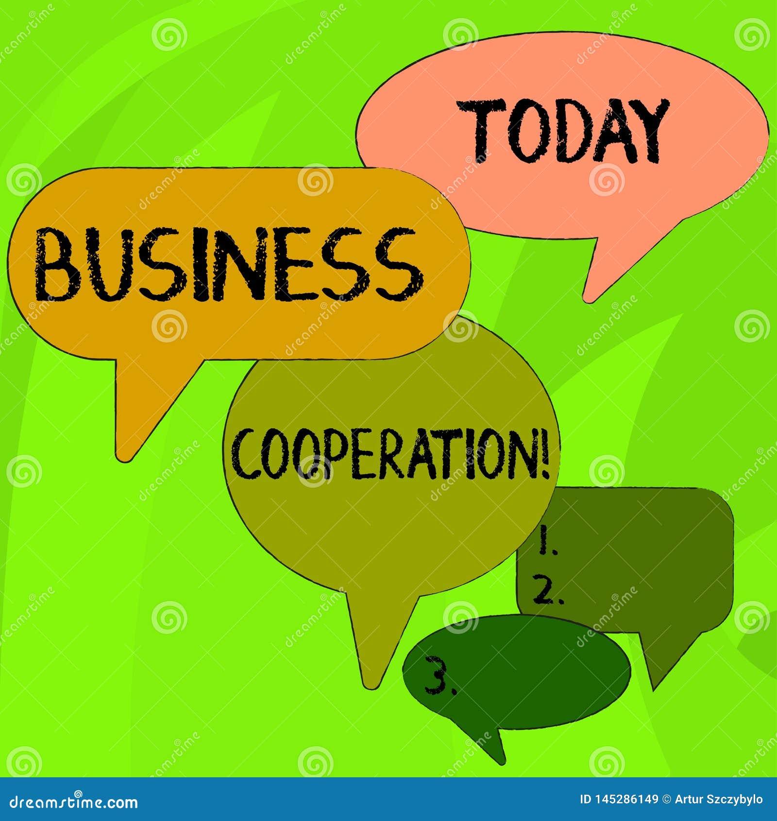Konceptualna r?ka pisze seansu biznesu wsp??pracy Biznesowi fotografia teksta biznesy pracowa? wp?lnie dla wzajemnej korzy?ci