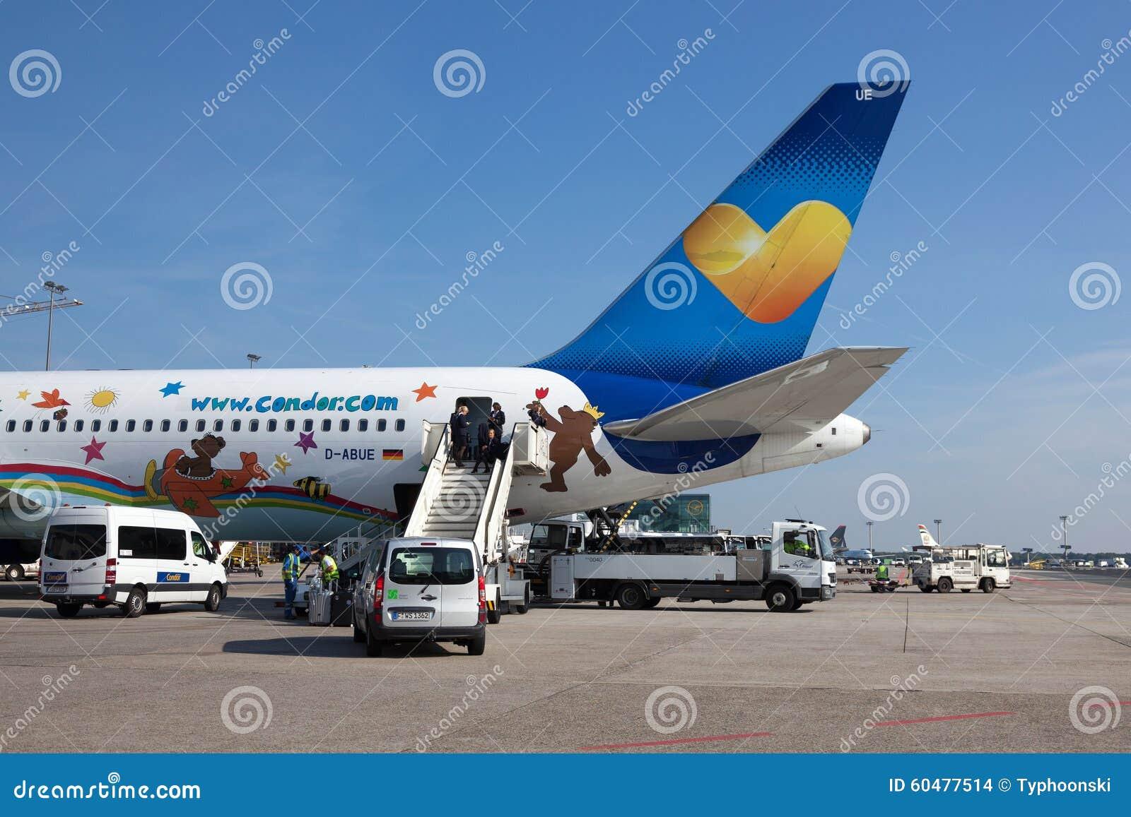 Kondor Boeing 767 330 Am Frankfurt Flughafen Redaktionelles