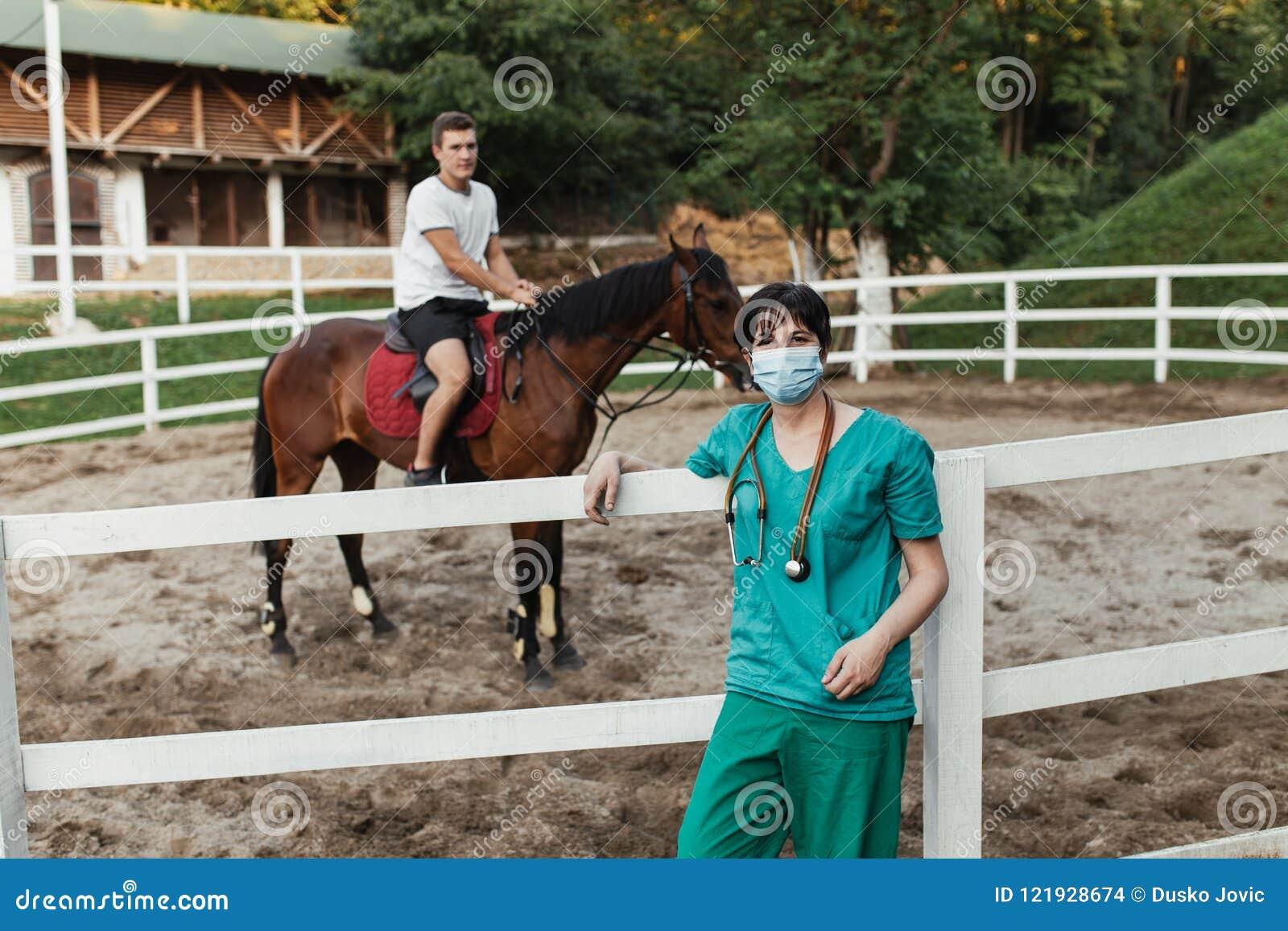 Konie i weterynaryjna praca