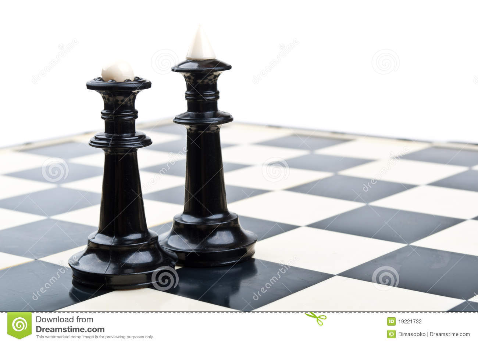 Koning en koningin in schaak