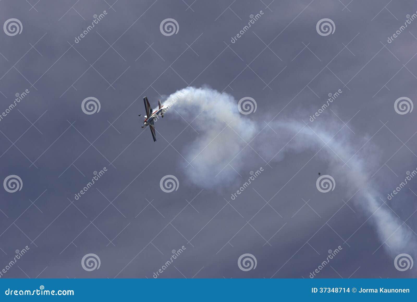 Konstflygning