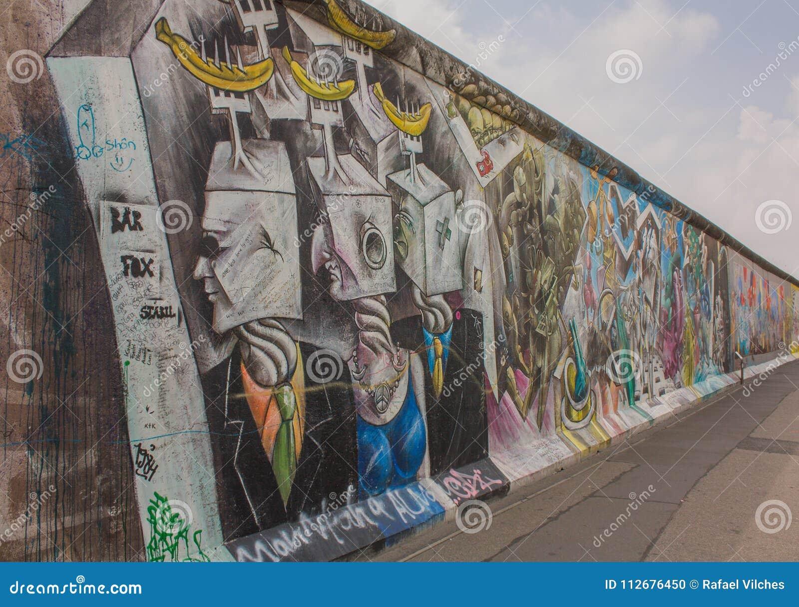 Konstgalleri av Berlin Wall på den östliga sidan av Berlin