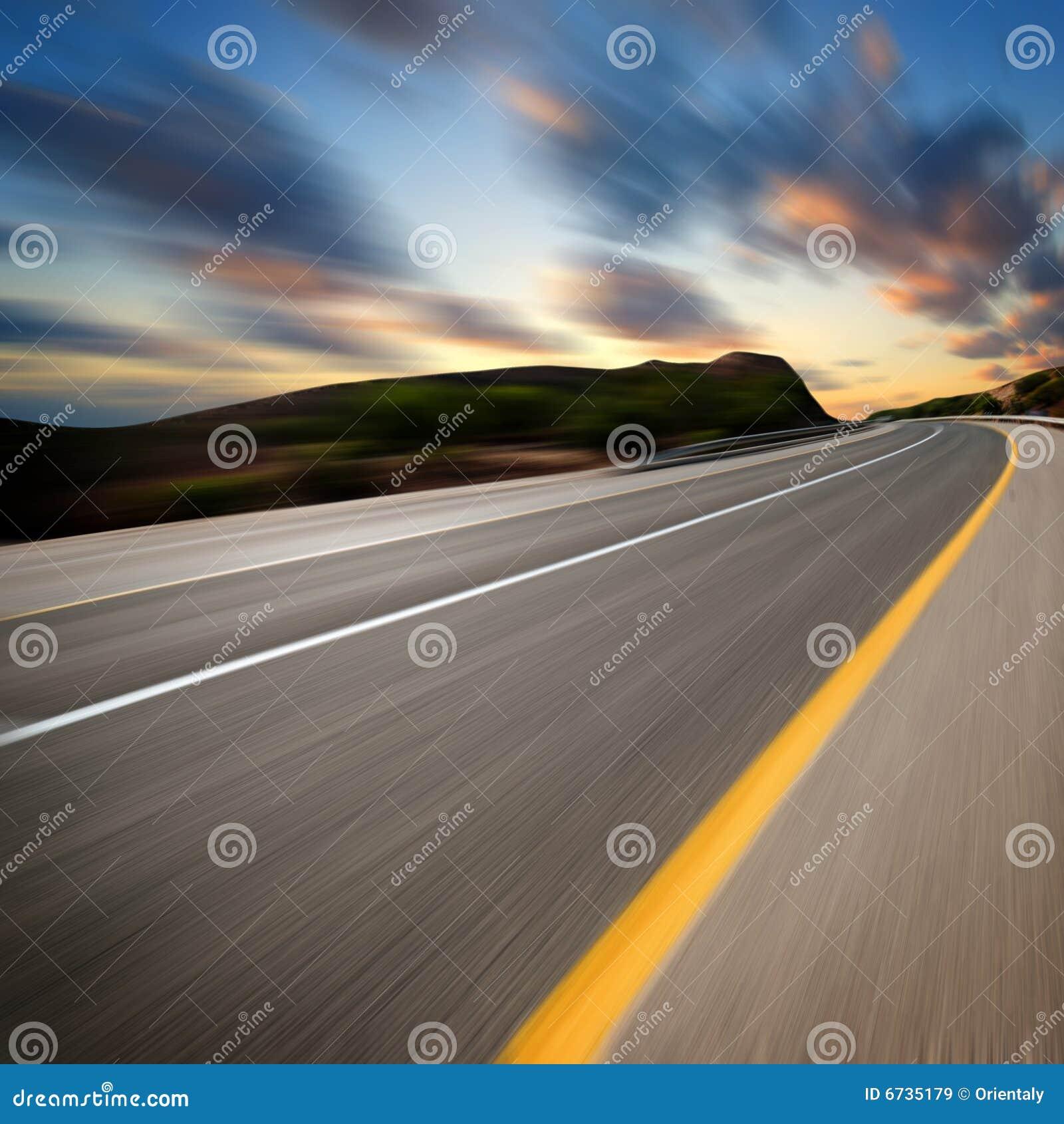 Konstvägsolnedgång